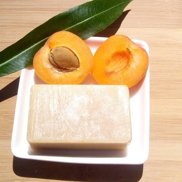 Savon bio Miel Abricot, saponifié à froid